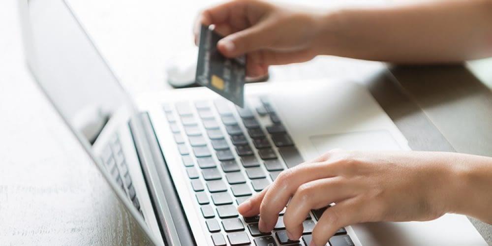 Αύξηση κατά 4% για την online διαφημιστική δαπάνη στην Ελλάδα