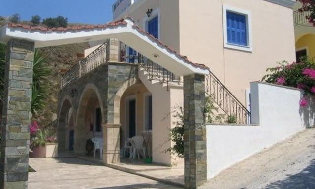 Rooms to Let   Myrties Kalymnos   Niki & Maria Studios