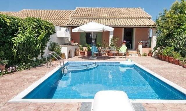 Rooms Villas for Rent | Agios Stefanos Corfu | Mistral Maistro Cottage